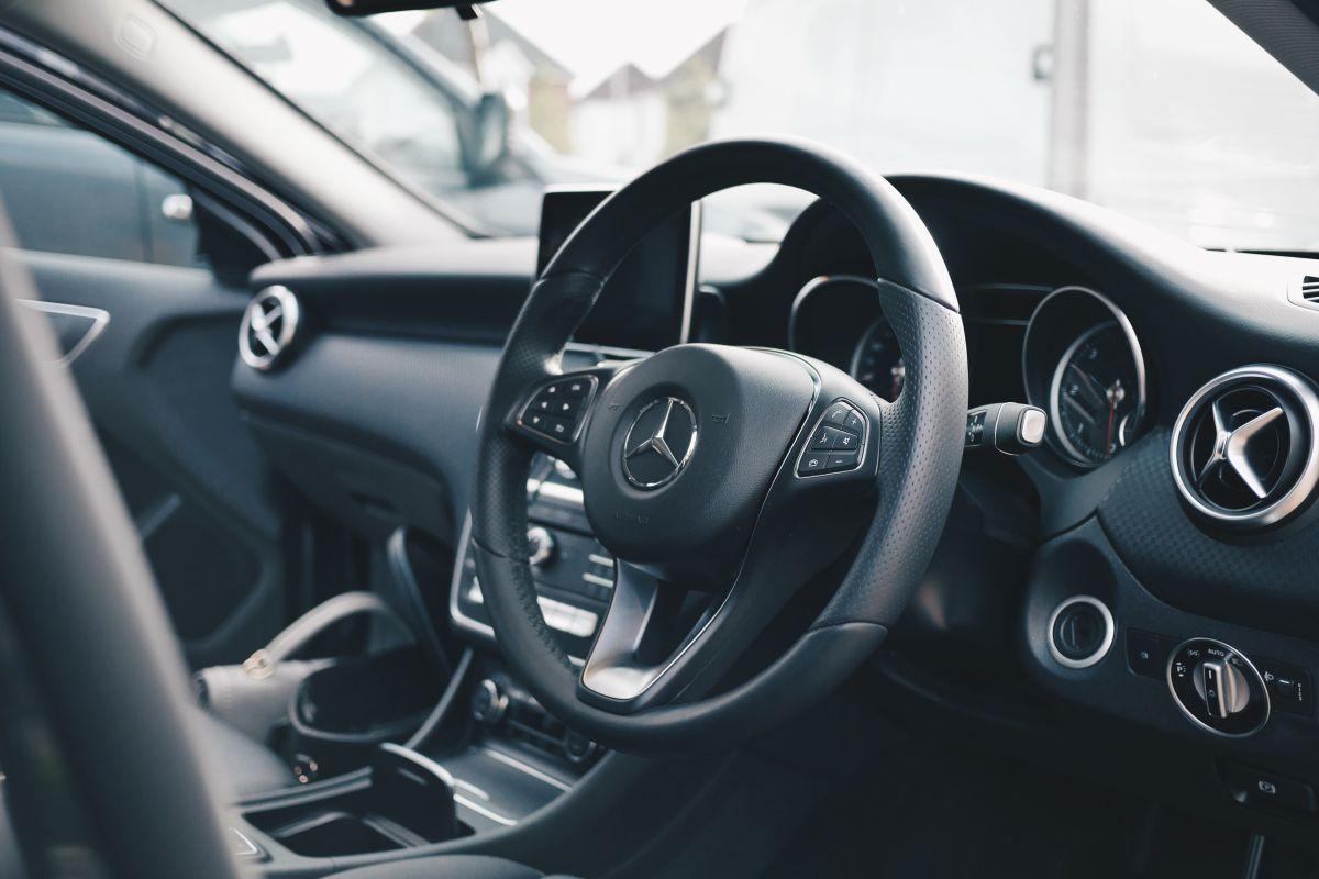 Mercedes Benz dentro de la mejores marcas