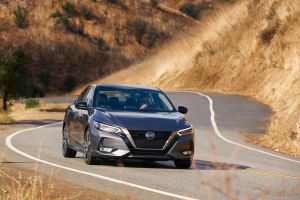 El Nissan Sentra 2021 ofrece las características de seguridad más estándar en su clase, con un precio inicial de $19,410