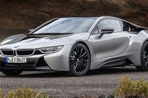 BMW patenta un espejo lateral virtual que proyecta imágenes en la ventana lateral