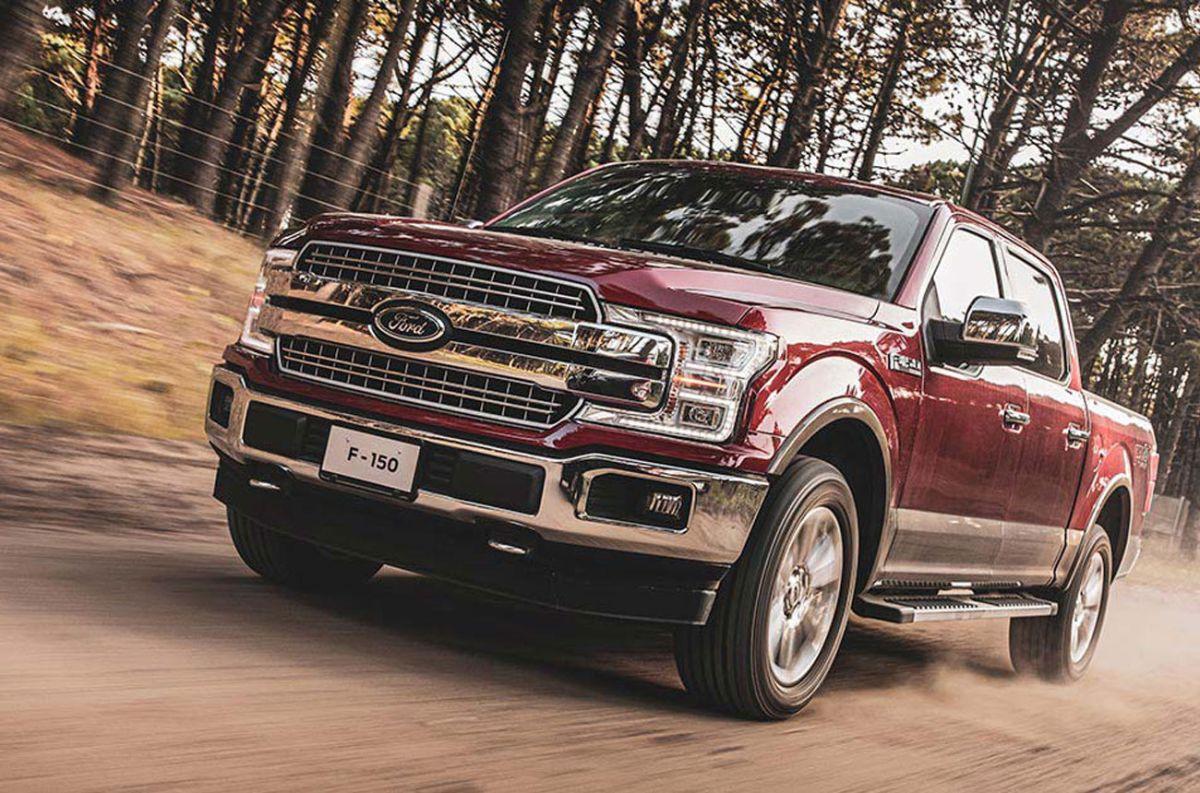 Ford explica por qué defiende su motor V8, aún para su F-150 híbrida