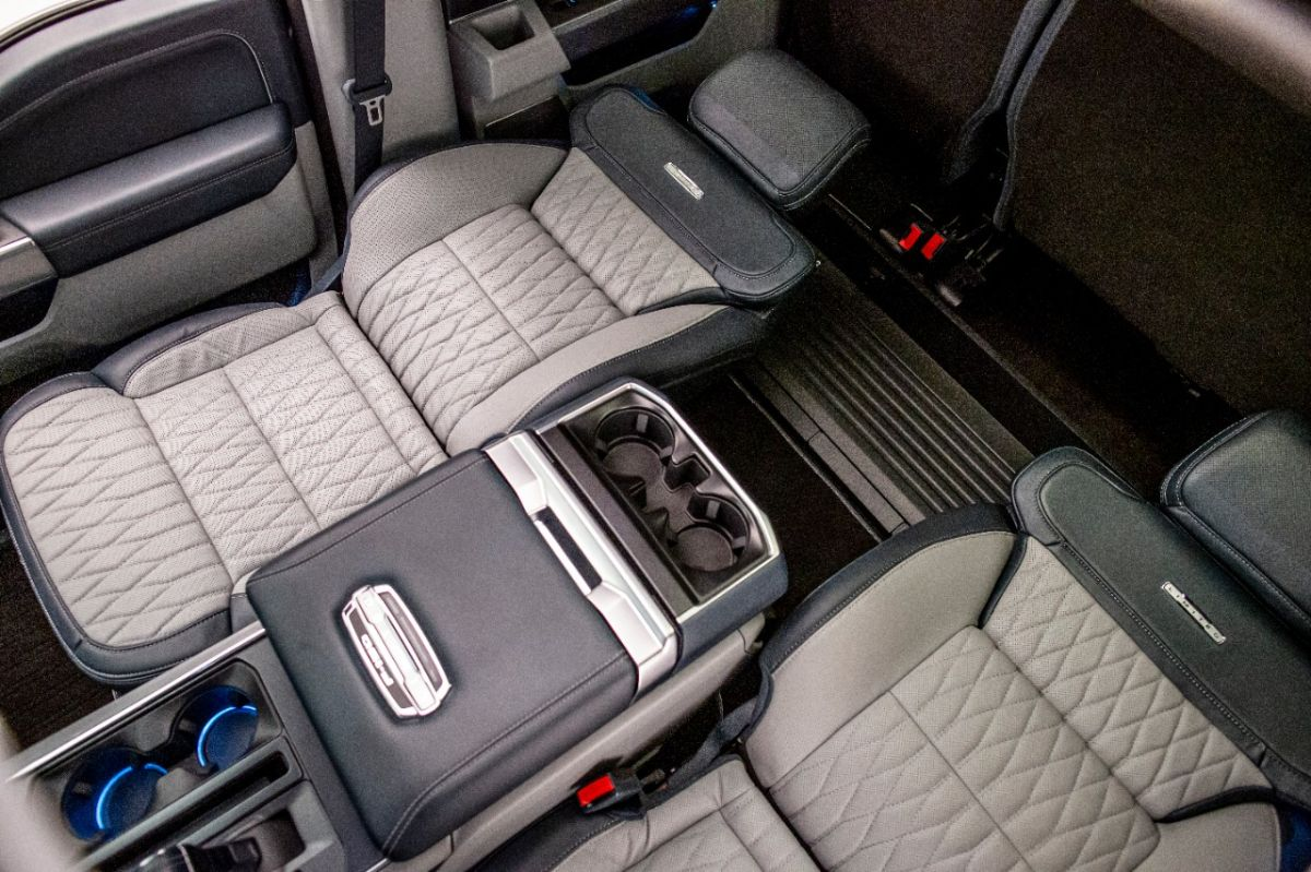 Ford incluye en la F-150 2021 los nuevos asientos reclinables Max