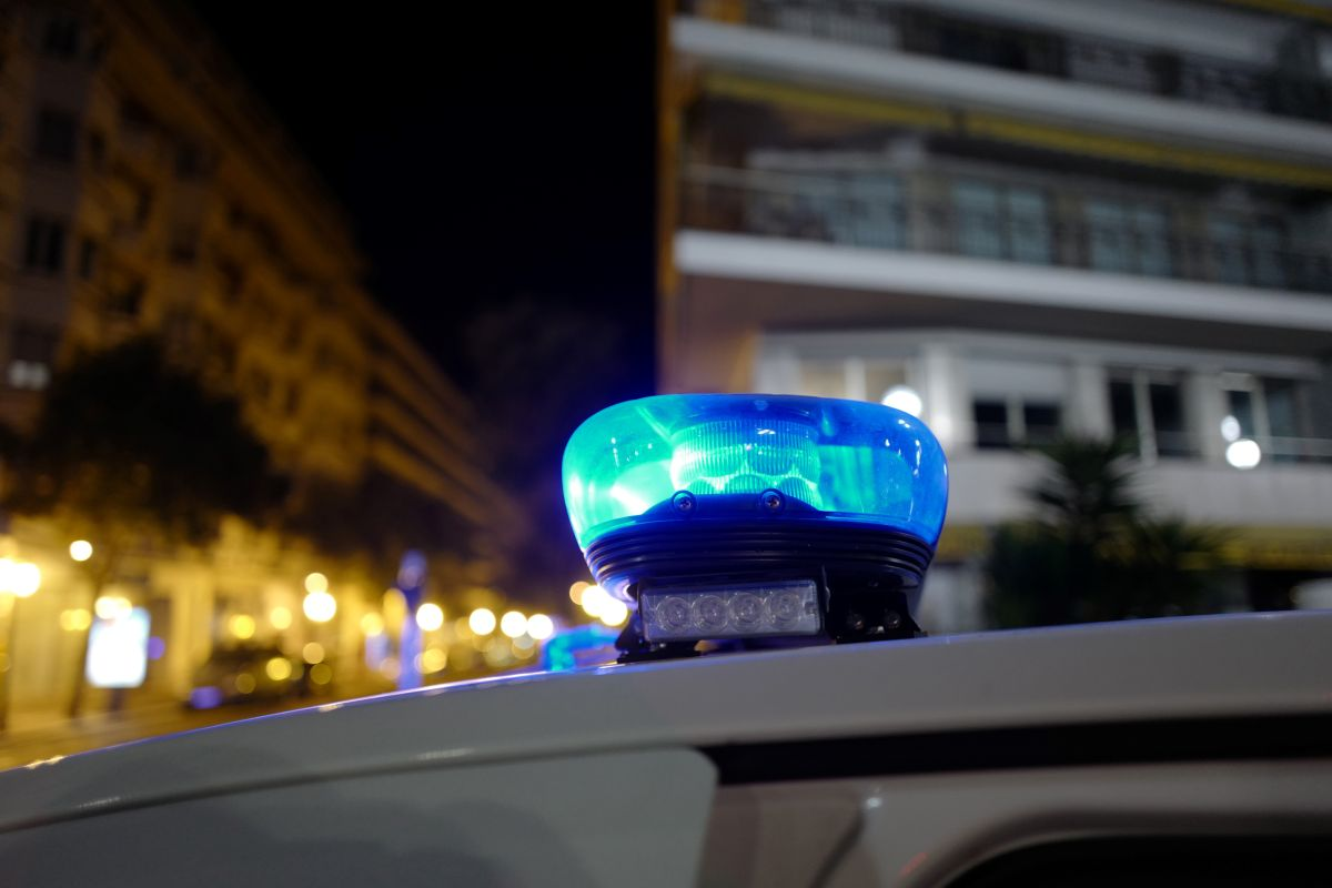 Por qué en España es obligatorio incluir una luz de emergencia en tu auto