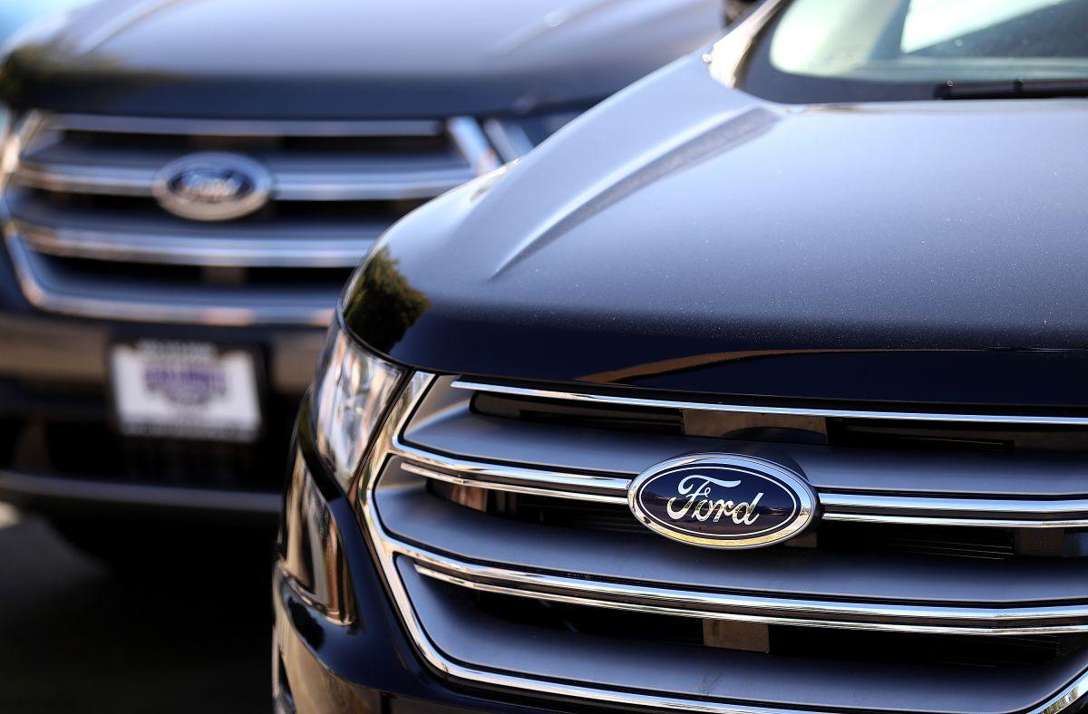 Ford se prepara para la llegada de la vacuna contra COVID-19 y compra enormes congeladores