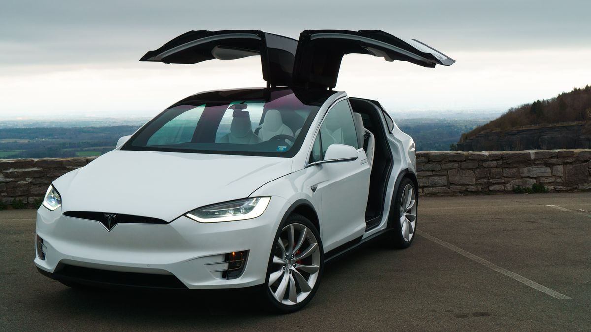 Por este defecto de fábrica, el Tesla Model X es suceptible de robo y piratería