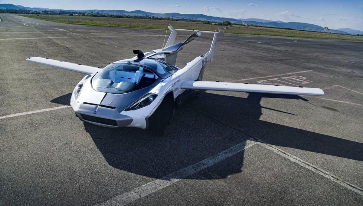 Este auto se transforma en un avión y así es fue su primer vuelo por los cielos