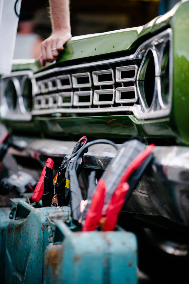 Cuáles son los mejores cargadores de batería de auto