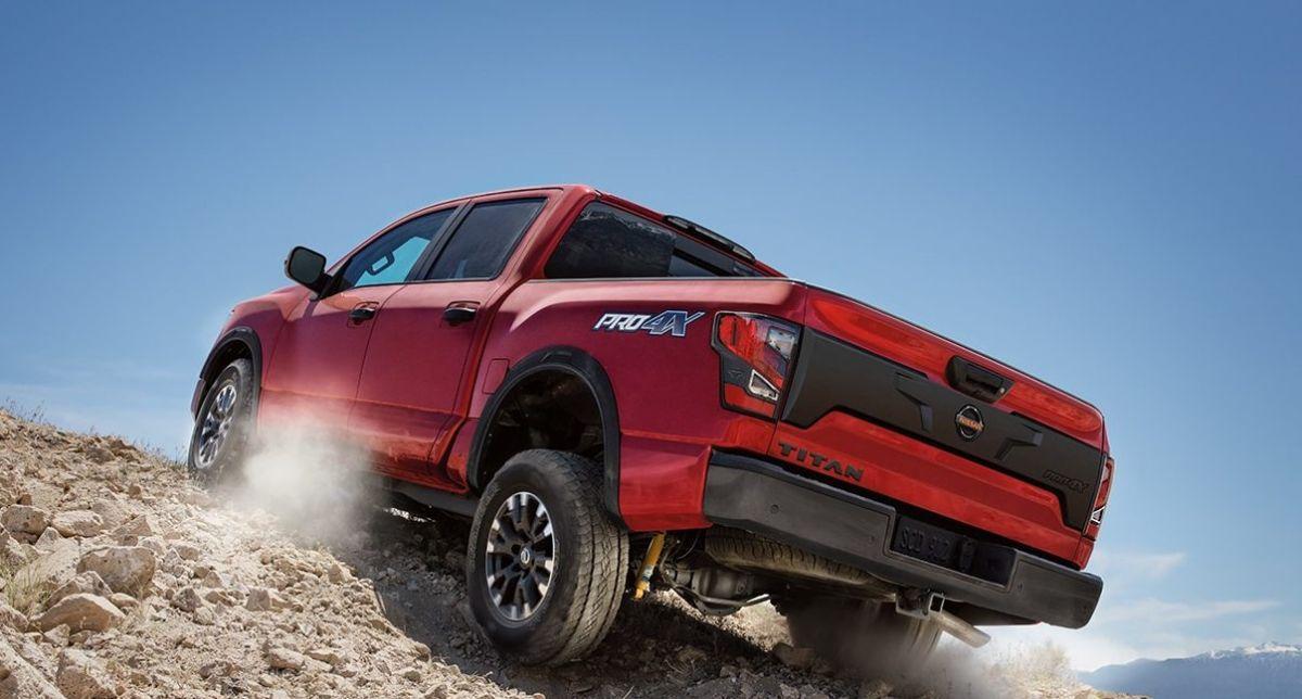 La Nissan Titan 2021 resurge de las cenizas y supera a la Toyota Tundra 2021 como mejor pickup