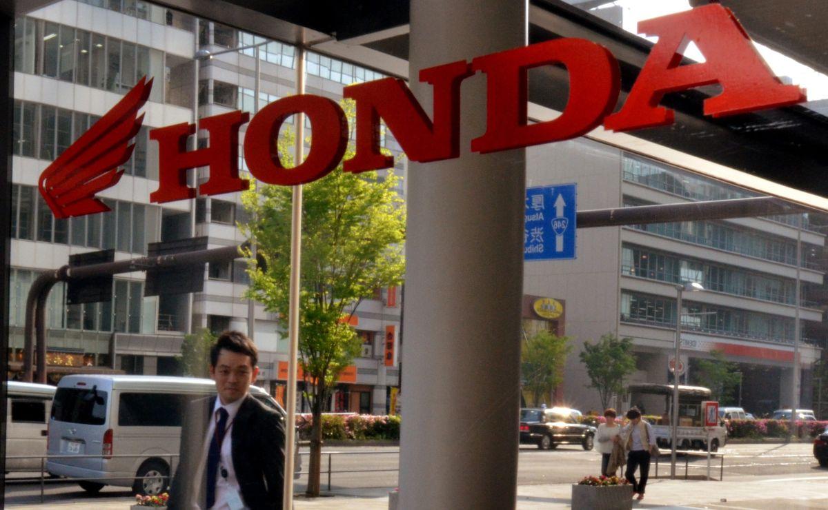 Cómo funciona el robot de Honda que permitirá a los niños cruzar las calles y evitar accidentes con autos