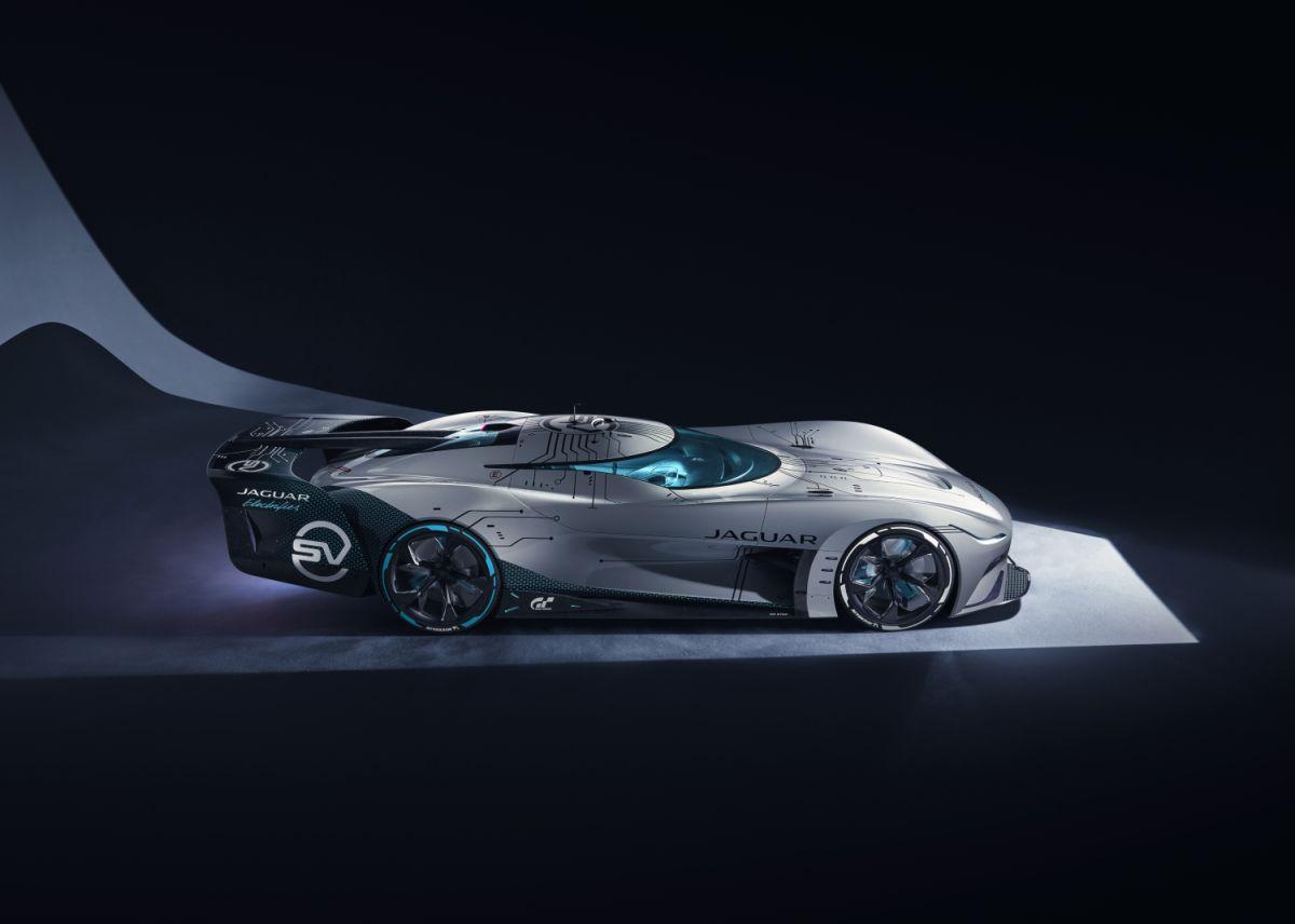 Jaguar presentó el Vision Gran Turismo SV, su primer deportivo eléctrico exclusivo en el mundo virtual