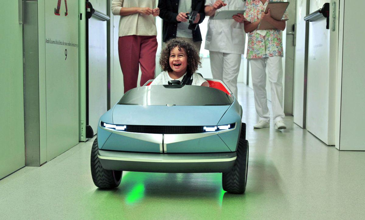 El auto eléctrico de Hyundai que ayuda a los niños en los hospitales