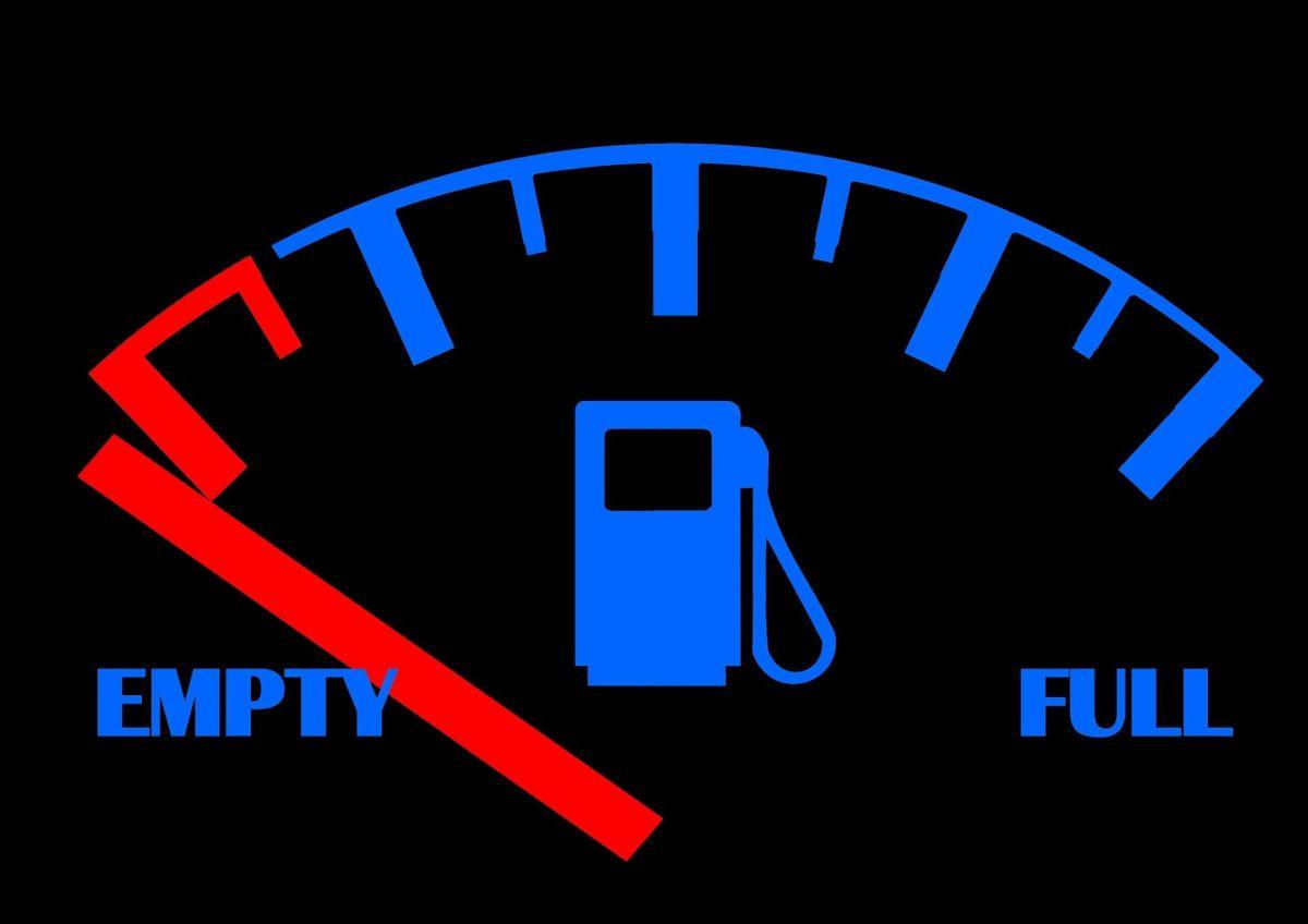 ¿Cómo saber cuánto dura la reserva de gasolina del auto?
