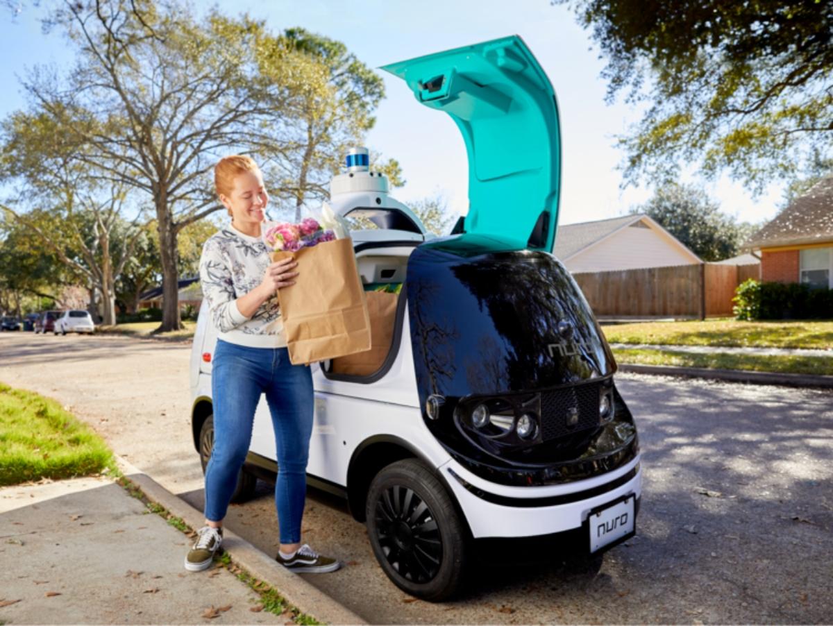 Se autorizan las entregas a domicilio en autos autónomos en California