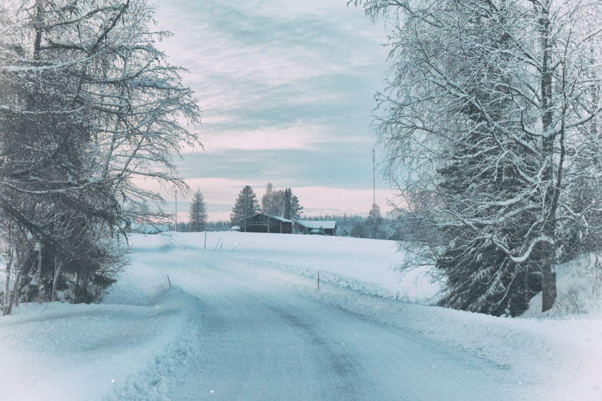 De quién es la culpa si hay un accidente por nieve o hielo resbaladizo