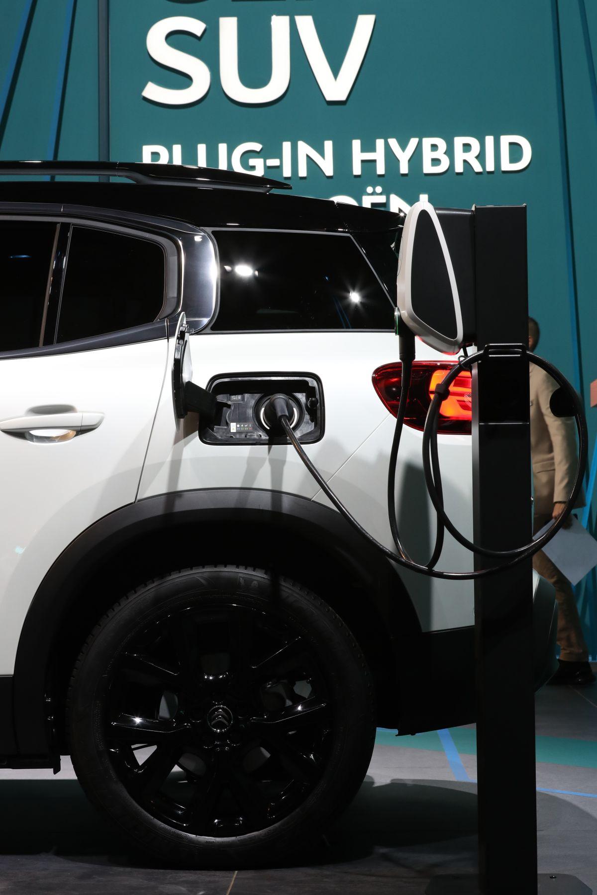 Qué cosas que no debes hacer si eres dueño de un auto híbrido