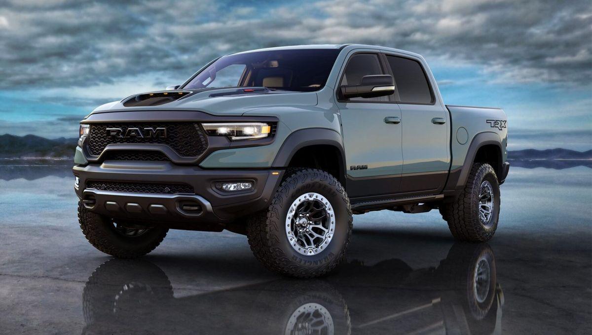 Se subastará para caridad la primera camioneta pickup RAM 1500 TRX 2021 en salir de la línea de montaje