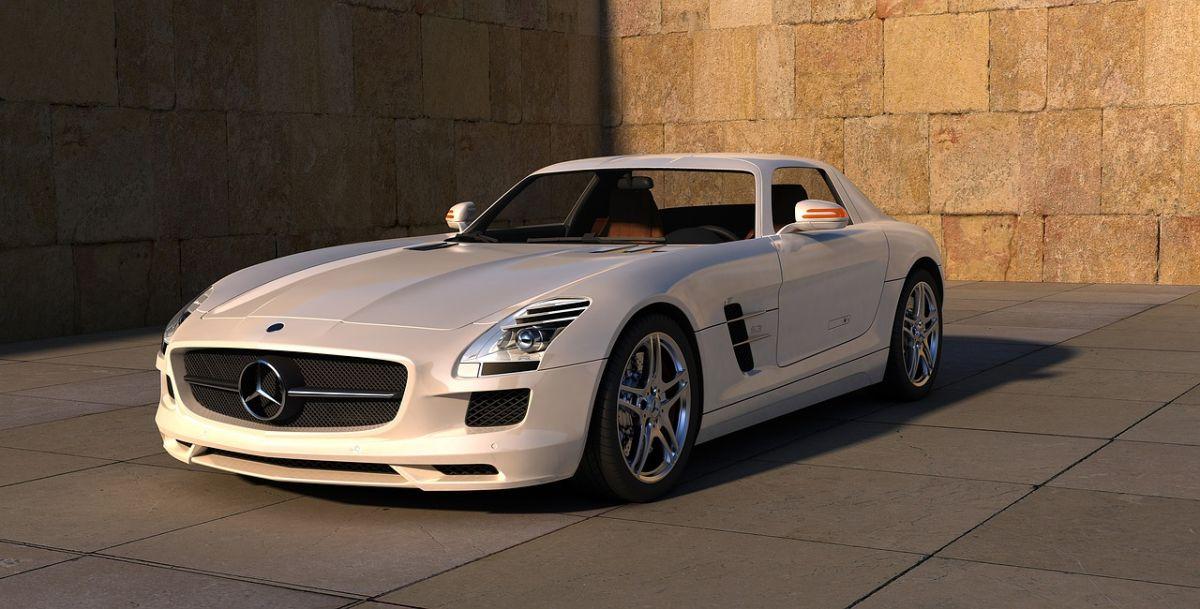 Ahora puedes ver cientos de autos en tu garage gracias a la realidad aumentada