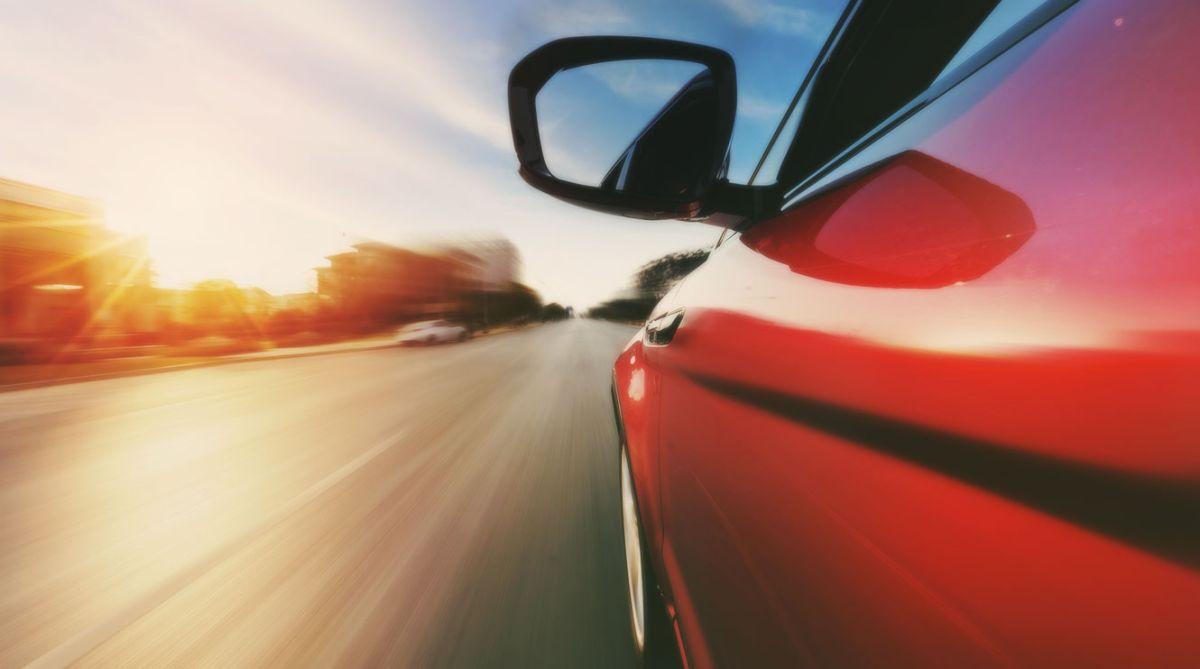 Con Turo puedes poner en renta tu auto y ganar dinero fácilmente.