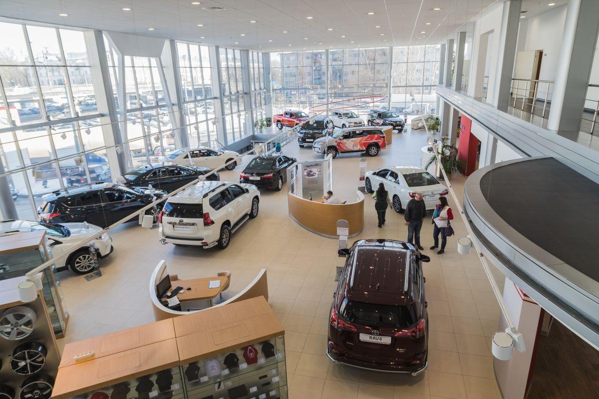 La extraña razón por la cuál los precios por rentas de autos están por los cielos