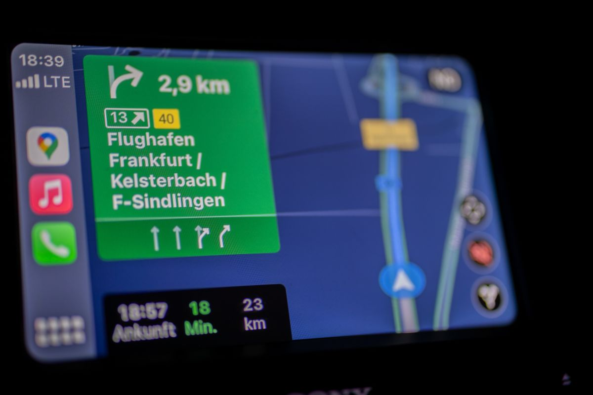 ¿Cómo funciona y para que nos sirve el gps en el auto?