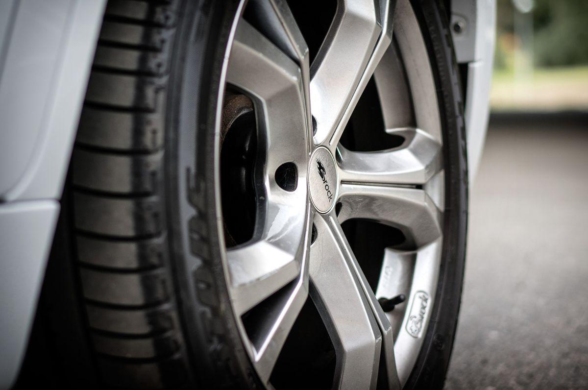 El cuidado de tus neumáticos permitirá ahorrar dinero y tiempo de vida de cada uno de ellos.