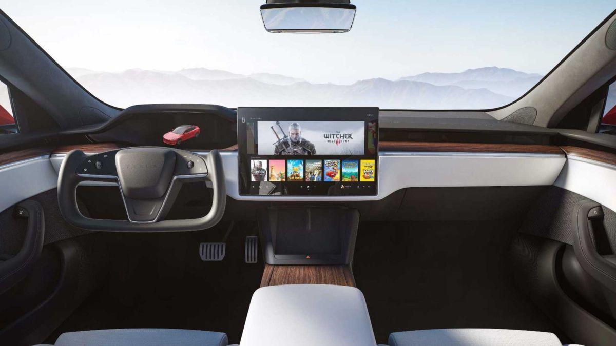 Al estilo Batimóvil: Así es el volante Yoke del Tesla S 2021 que podría ser ilegal