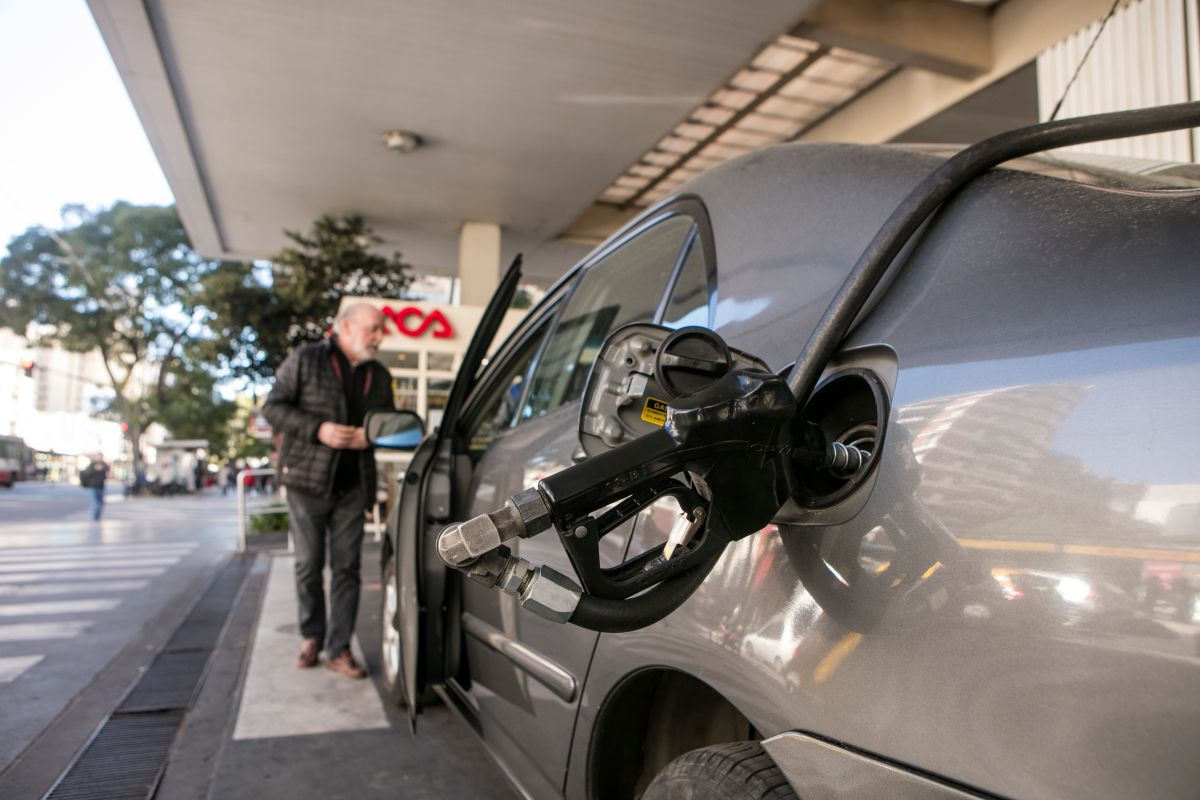 Estos síntomas indican que tu tanque de gasolina tiene agua