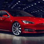Por qué el Tesla Model S ganó el título como mejor auto eléctrico usado que puedes comprar en 2021
