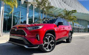 Cuántas millas puede durar un Toyota RAV4, el SUV que ha conquistado los primeros lugares este 2021