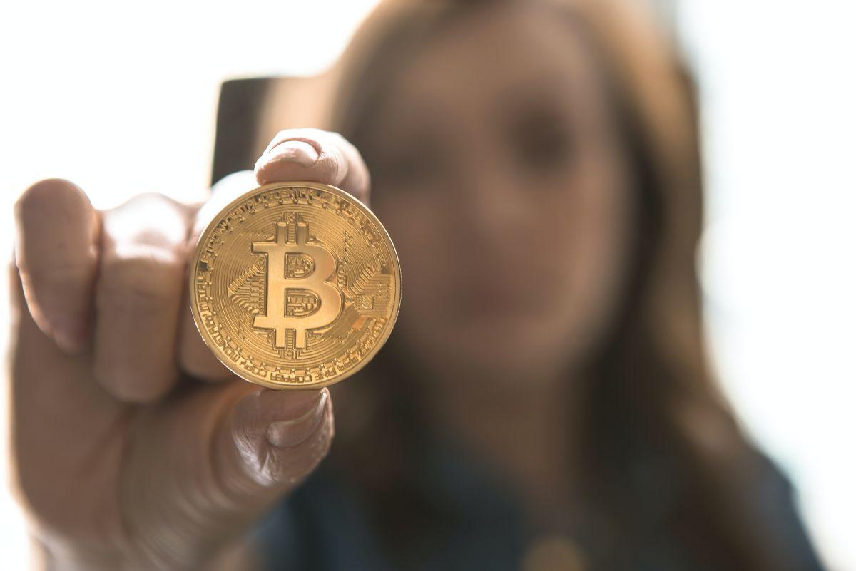 Pronto podrás pagar tu Tesla con bitcoins