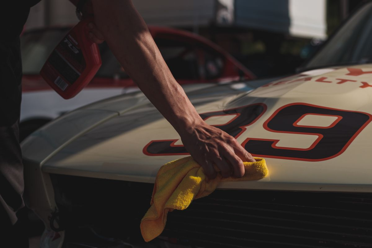 Consejos para pulir tu auto correctamente y dejarlo como nuevo