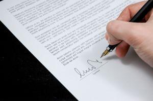 ¿Qué documentación debes solicitar al vendedor de un auto usado?