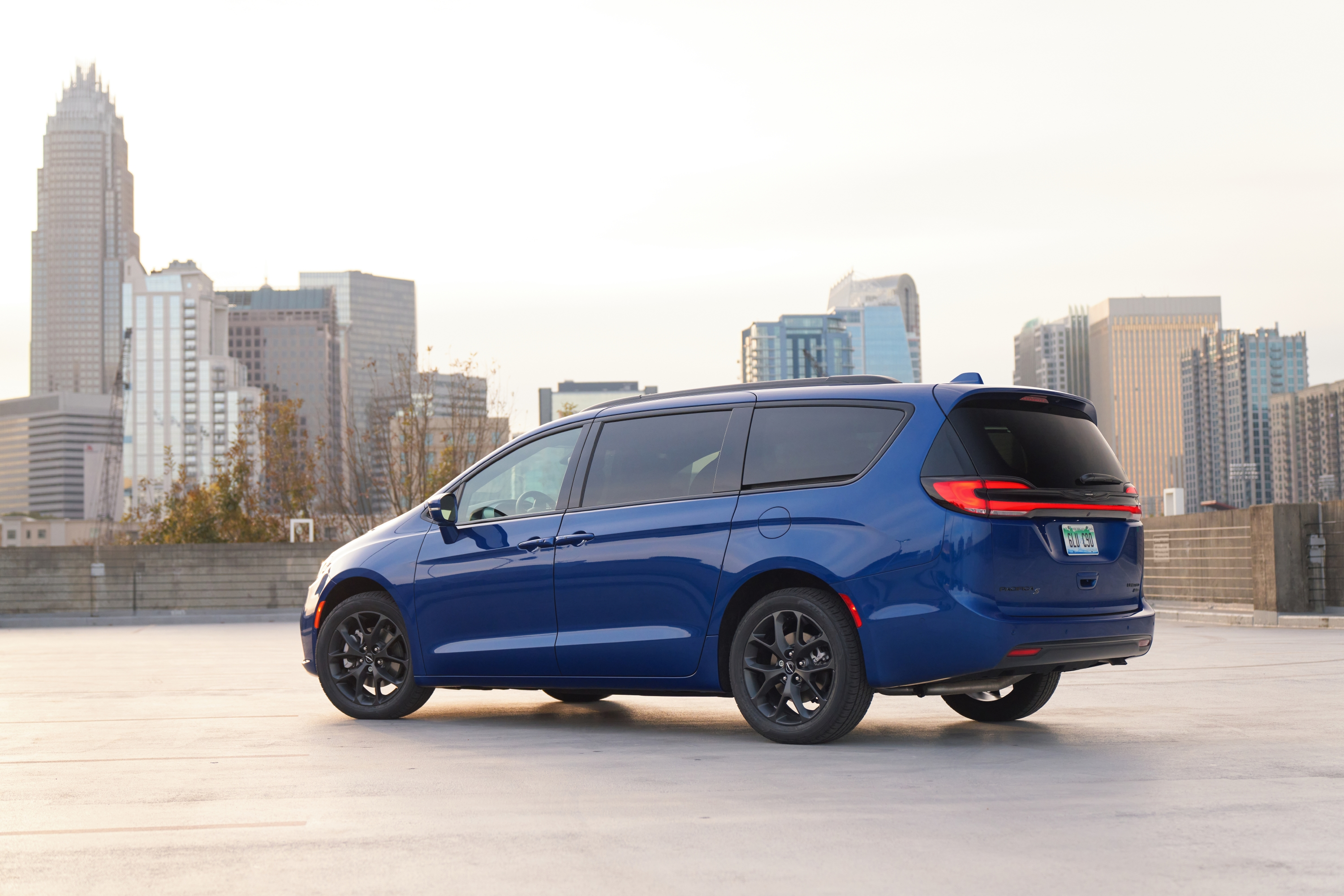 2021 Chrysler Pacifica Limited AWD S.