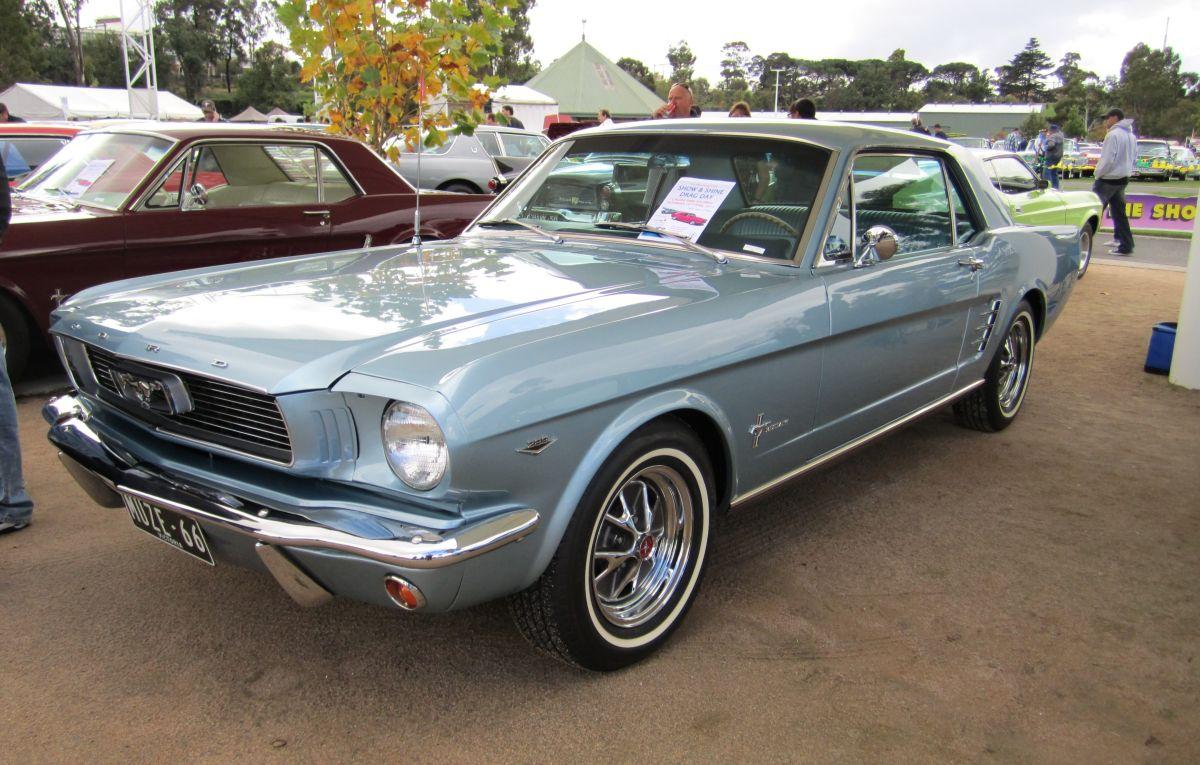 Un Ford Mustang del '66 robado hace 37 años reapareció, pero decepcionó a sus dueños