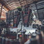 Cuáles son las 10 herramientas para el auto que no pueden faltar en tu garage