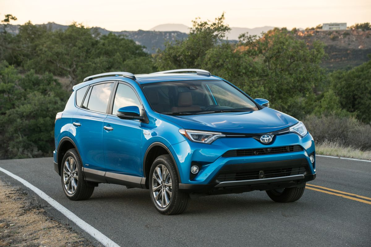 ¿Cuáles son las mejores SUV usadas por menos de $15,000?