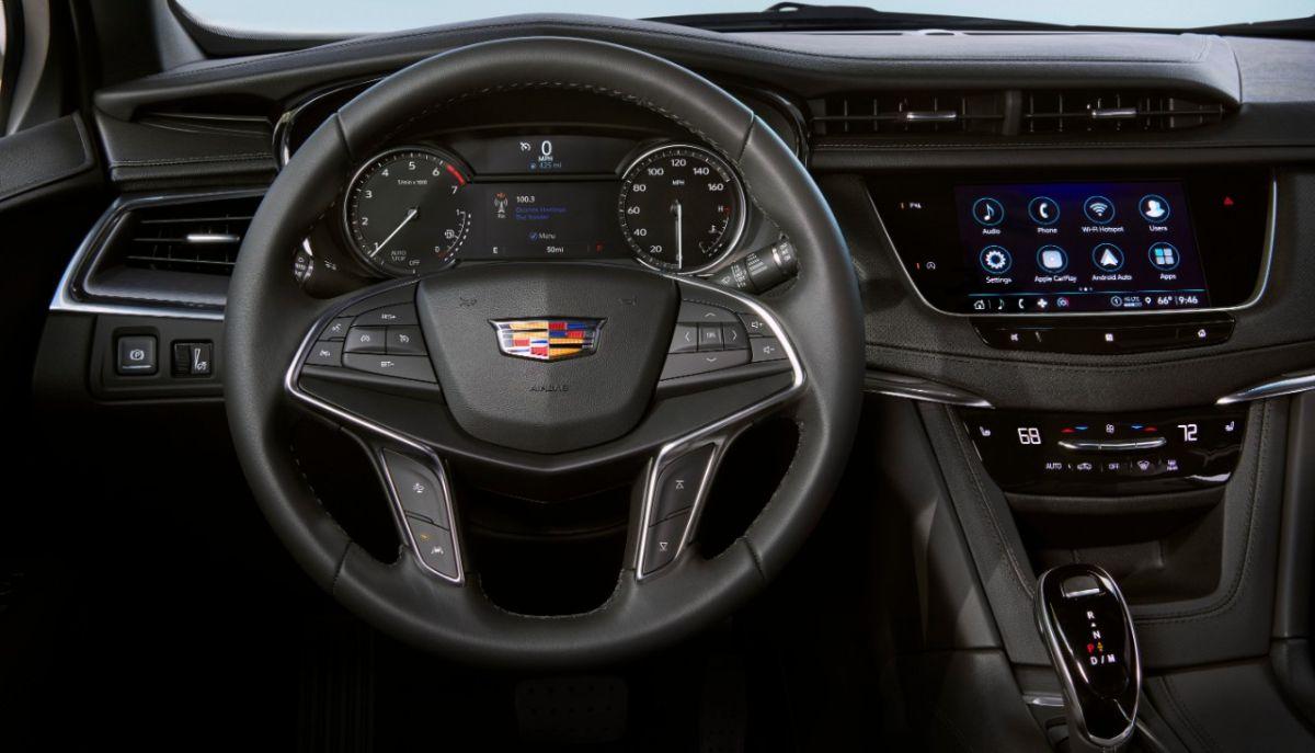 El interior del Cadillac XT5 es amplio y con multitud de detalles. / Foto: Cadillac