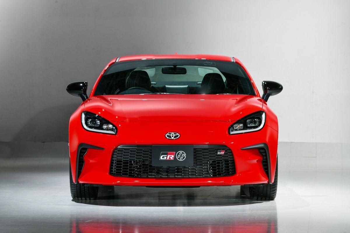 Toyota hizo el debut mundial del nuevo GR 86