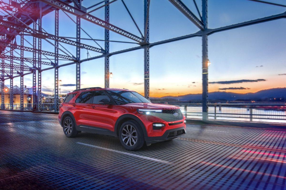 Ford agrega las ediciones Enthusiast ST, Platinum y Platinum Hybrid a la Explorer 2021
