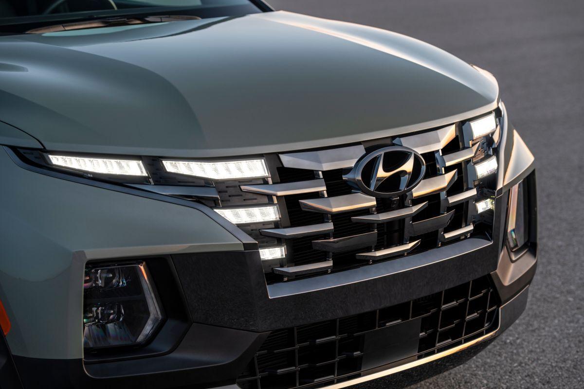 Primer plano frontal de la nueva Hyundai Santa Cruz 2022