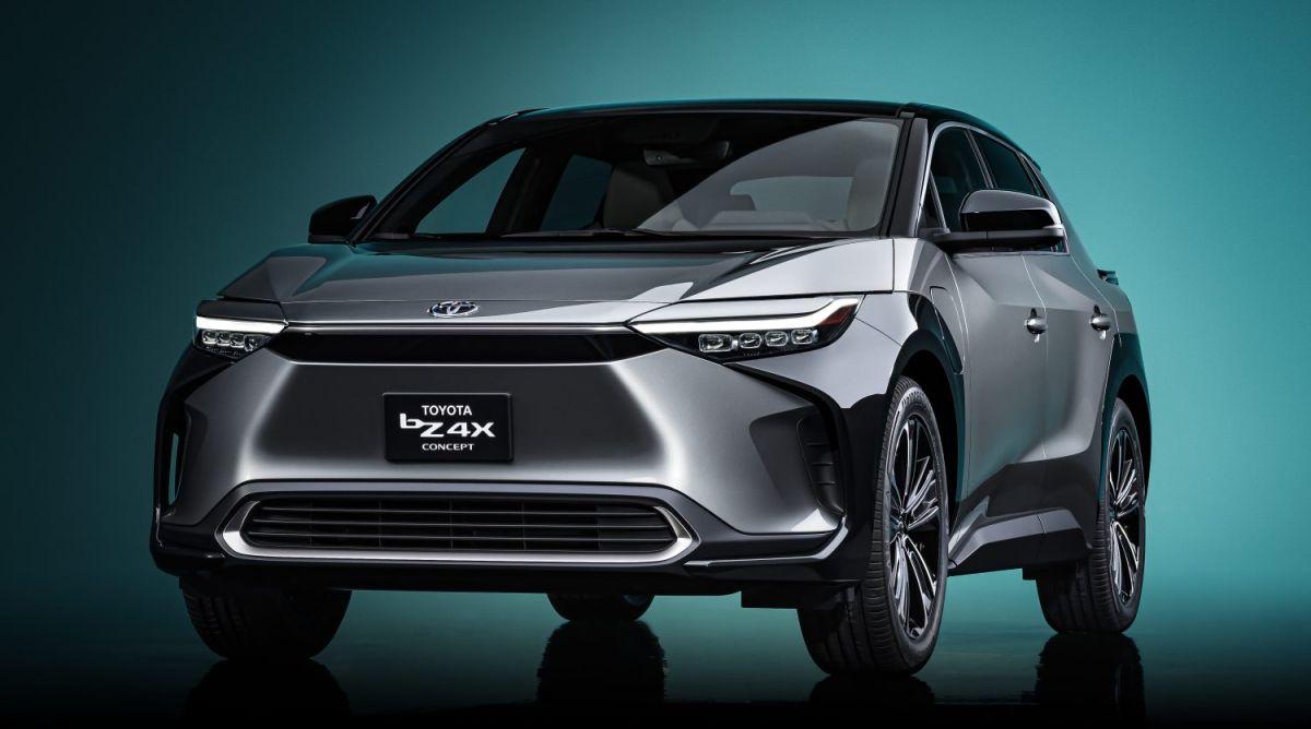 Toyota bZ4X: cómo es el nuevo SUV eléctrico con tracción de 4 ruedas de la marca japonesa