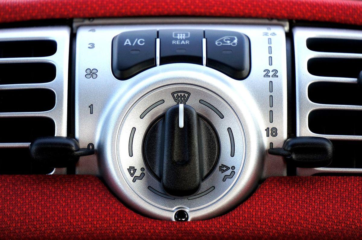 Cuáles son los problemas más comunes que puede tener tu auto con el aire acondicionado y cómo solucionarlos