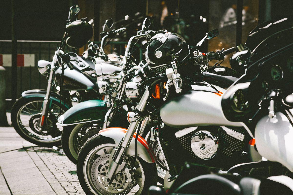 ¿Estoy obligado a asegurar mi motocicleta en Estados Unidos?
