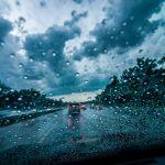 5 consejos para manejar bajo la lluvia, estar seguro y no tener un accidente