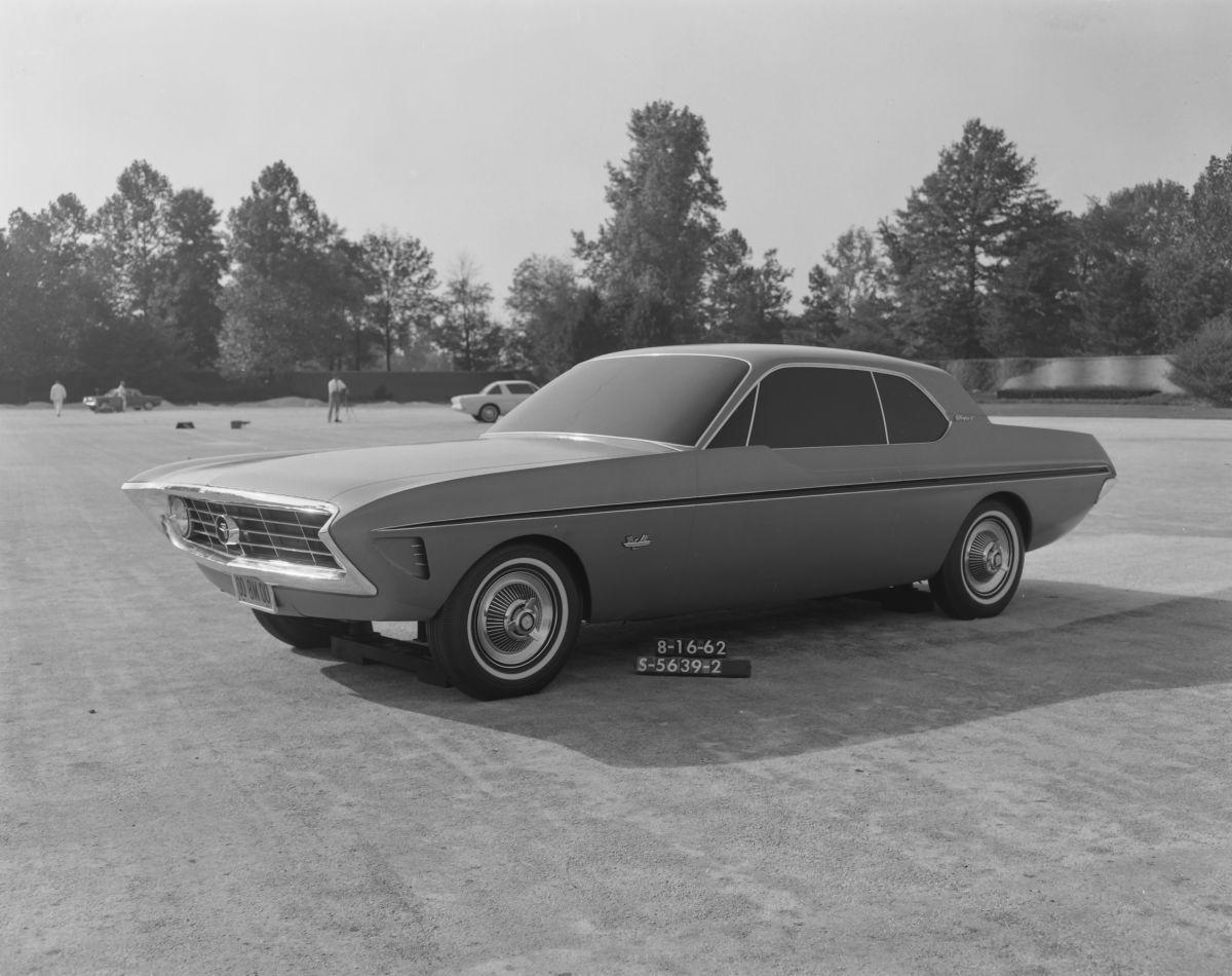 Foto del prototipo del Special Falcon creado por Lincoln Mercury