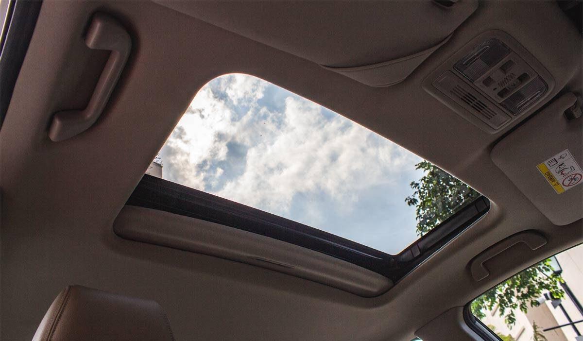 Cuáles son los problemas más comunes con los techos corredizos de los autos y cómo solucionarlos