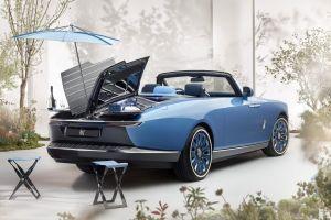 El nuevo Rolls-Royce Boat Tail llega con un diseño único, además de mesas, refrigerador, taburetes y sombrilla incluidos