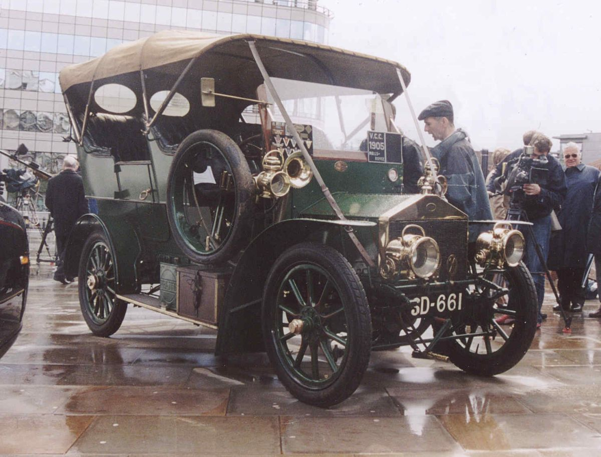 Cuáles son 5 de los autos antiguos más caros y raros de encontrar