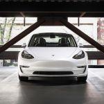 Estudio revela que los propietarios de Tesla Model 3 son los conductores más felices