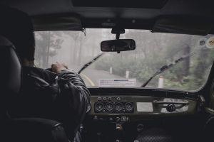 Tips para desempañar los vidrios del auto en temporada de lluvia