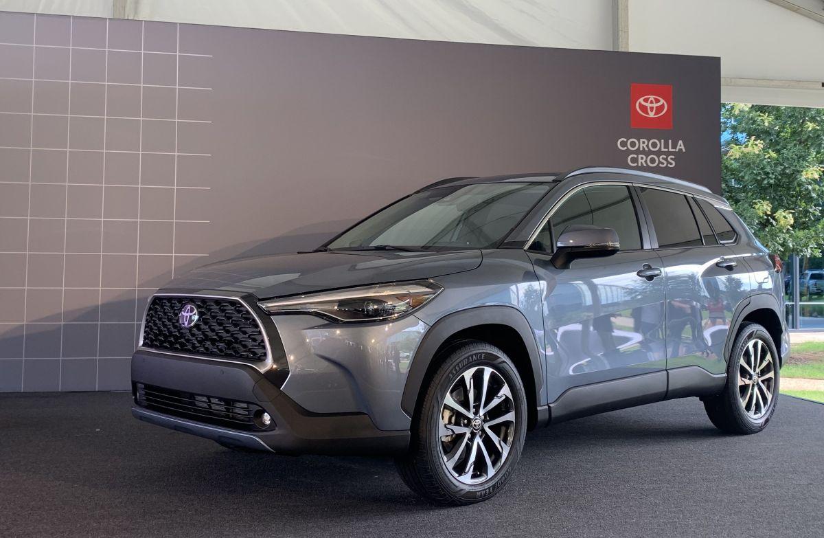 Toyota presentó el nuevo SUV compacto Toyota Corolla Cross 2022
